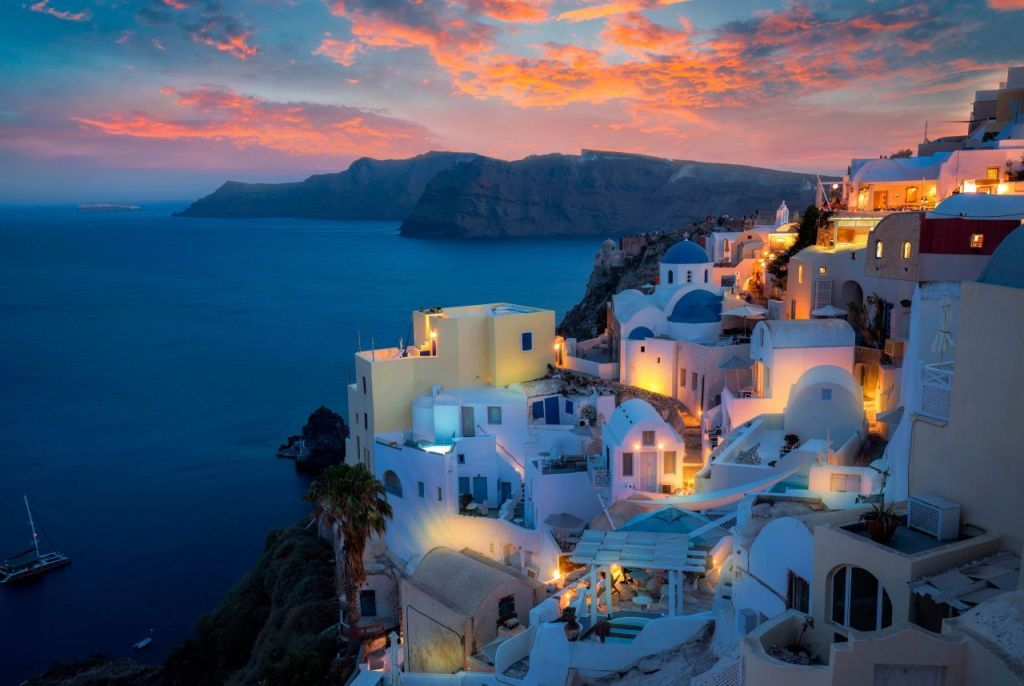 tips-on-how-to-g…car-in-santorini1
